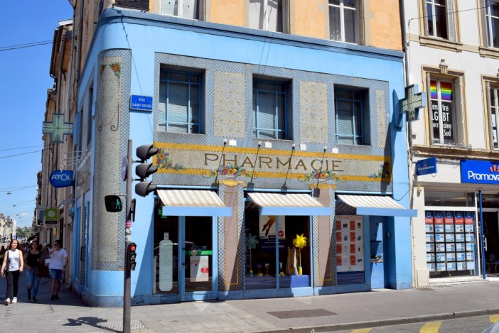 Pharmacie du Point Central, Nancy © French Moments