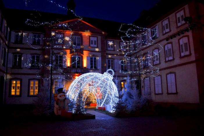 Christmas in France - Haguenau in Alsace © French Moments