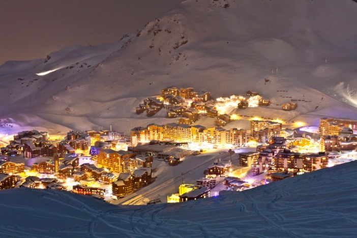 Val Thorens by night! © C.Cattin OT Val Thorens
