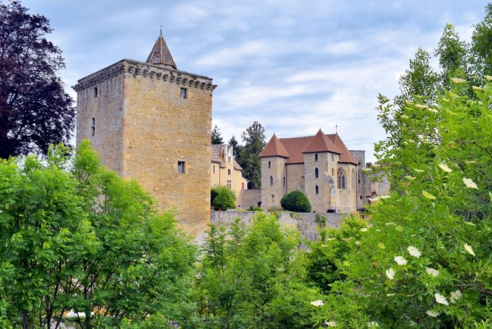 Castle of Couches © French Moments