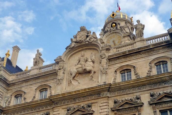 Place des Terreaux, Lyon © French Moments