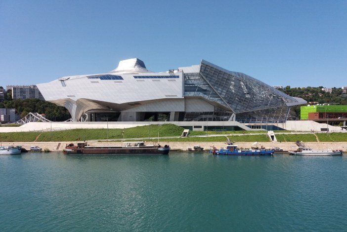 Musée des Confluences © Romainbehar - licence [CC BY-SA 3.0] from Wikimedia Commons