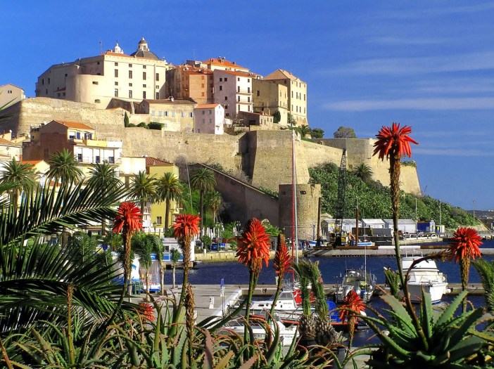 Calvi © Pierre Bona - licence [CC BY-SA 3.0] from Wikimedia Commons
