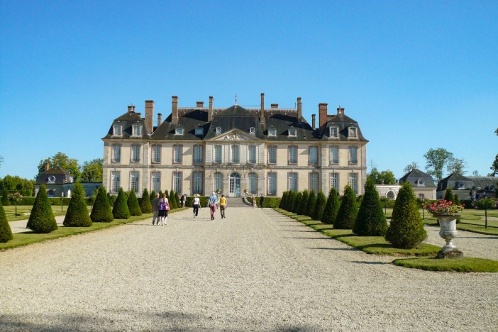 The château of La Motte Tilly © Flo21 - licence [CC BY-SA 2.0] from Wikimedia Commons
