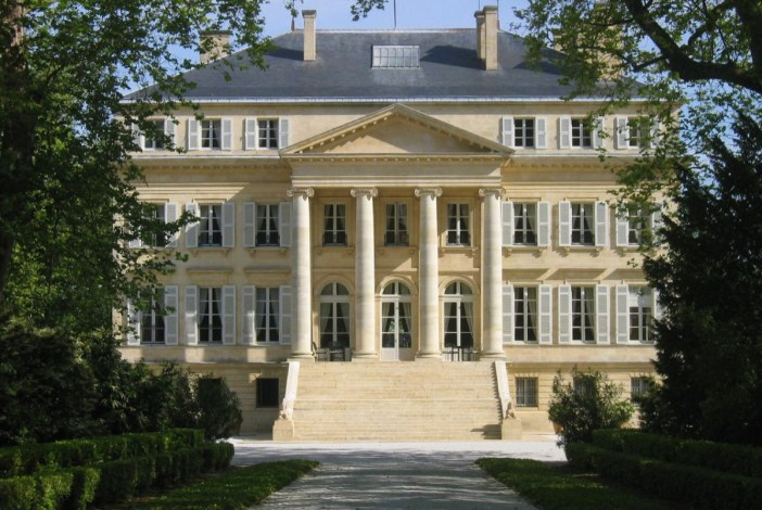 Chateau Margaux © BillBI - licence [CC BY 2.0] from Wikimedia Commons