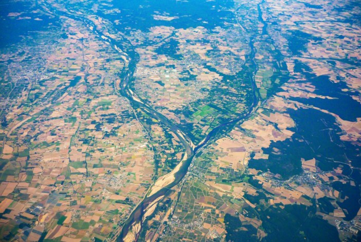The main Rivers in France: the Loire near Candes-Saint-Martin © French Moments