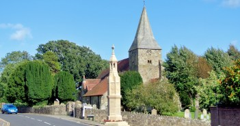 Discover the charming village of Burwash, East Sussex © French Moments