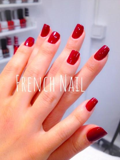 Beauté des mains avec vernis couleur