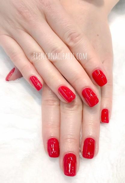 Embellissez vos ongles à la pose de vernis semi permanent afin que votre beauté des mains s'illumine !