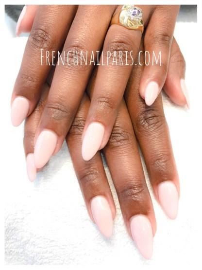 Pose résine chablon mains avec vernis semi-permanent