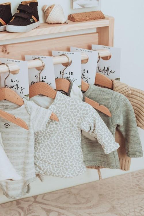 Pourquoi et comment acheter d'occasion les équipements de bébé ?