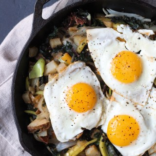 Biltong Hash in Lodge Cast Iron