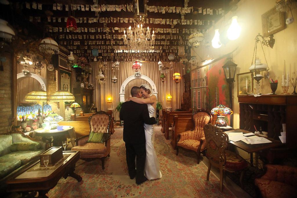 Robert+Bejarano+French+Quarter+Wedding+Chapel+4tH_HNQHMMxx