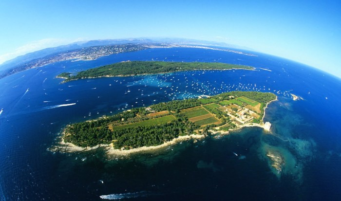 Les Îles de Lérins (Lerins Islands) off Cannes, France