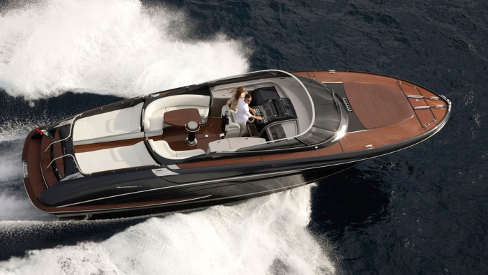 Arrive in style at Club 55 in St Tropez on a Riva yacht!