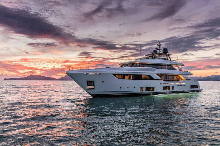 Custom Line Navetta 37 yacht by Ferretti Group