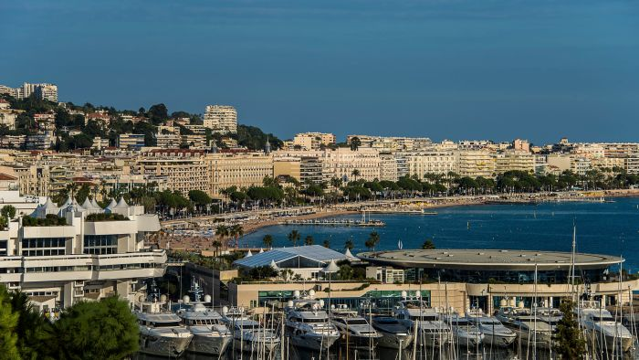 Cannes-Yachts-View.jpg