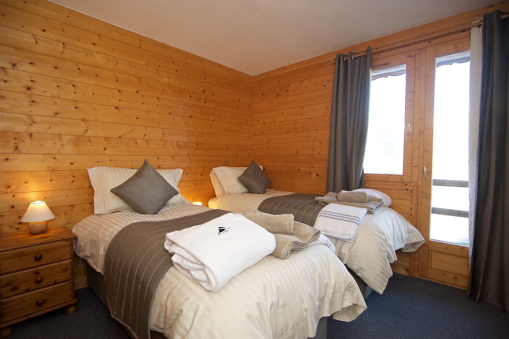 Anniek Room 2