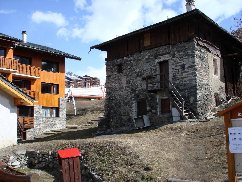 Barn and Development Plot Front (Studio)