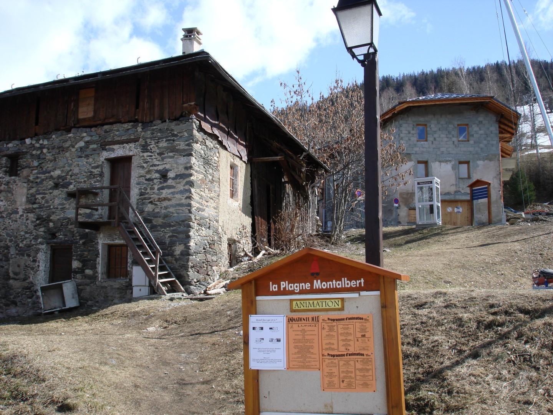Barn and Development Plot from High Street