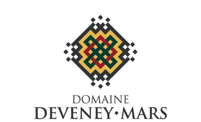 Domaine wine label