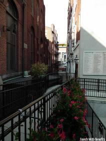 ruelle-eglise-boston