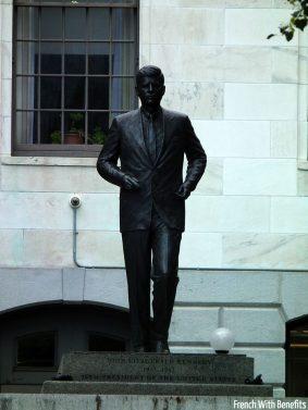 statue-kennedy-boston