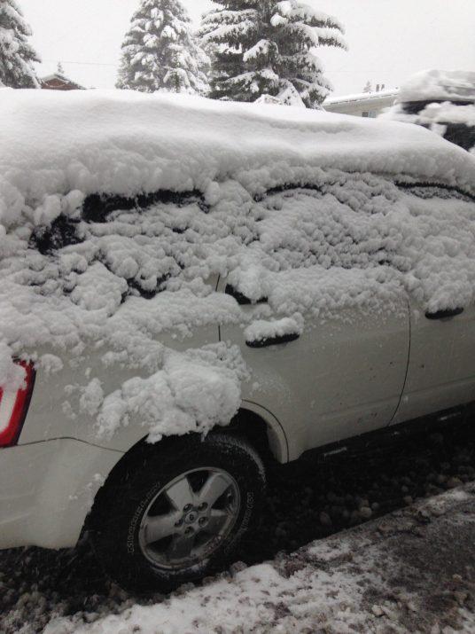 Notre voiture sous la neige