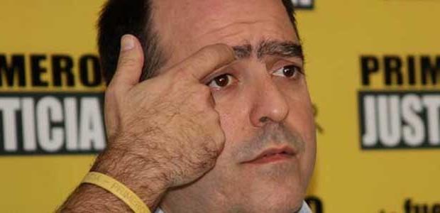El dirigente de extrema derecha y golpista Julio Borges, llama, en la Cadena SER, al saqueo de Venezuela