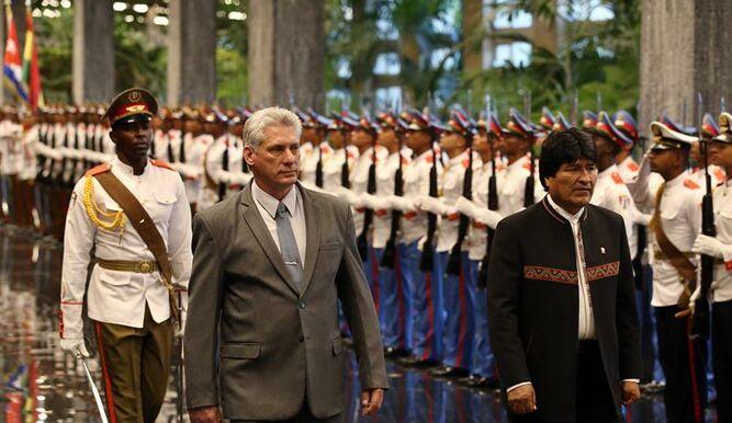Indiscutible aislamiento de la fiera en su ataque a Cuba. La fiera rabiosa ataca a Bolivia