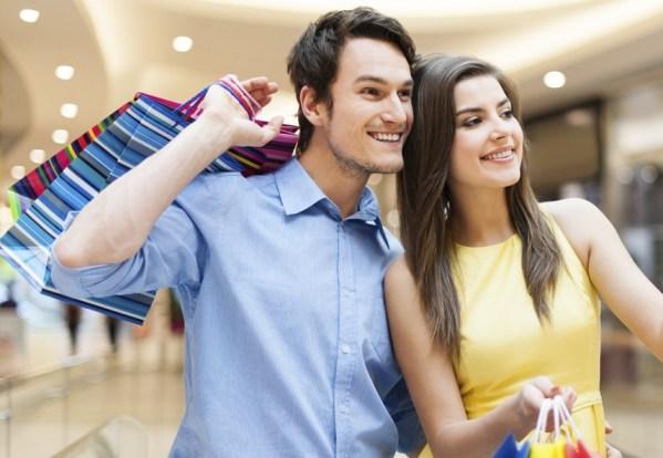 Ma femme et le shopping: une manière de se rapprocher d'elle et mieux la comprendre.