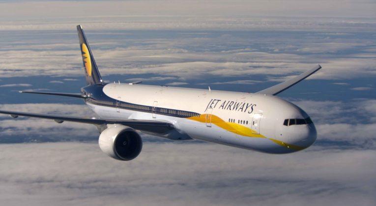 Jet Airways innstiller samtlige flyvninger gratis billetter Indiske flygere