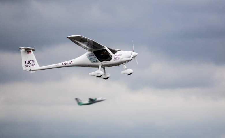 årets flyplass Norges første elfly