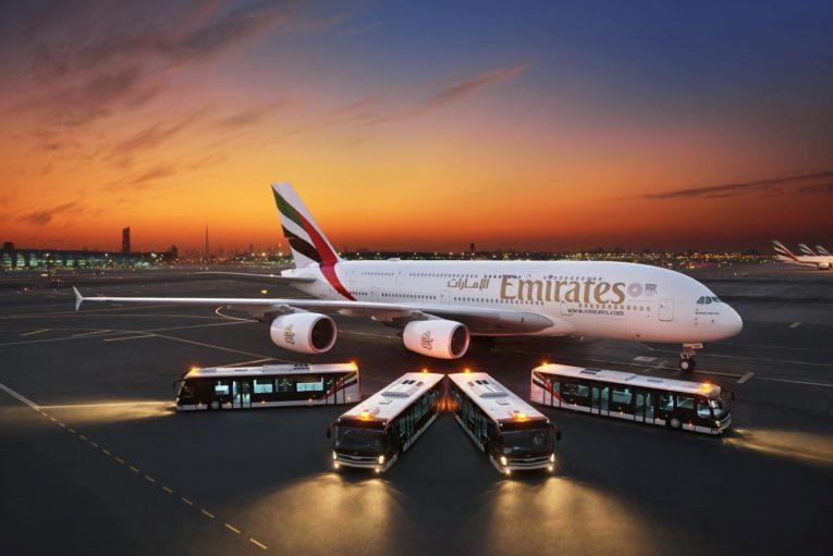 Emirates åpner romjuls