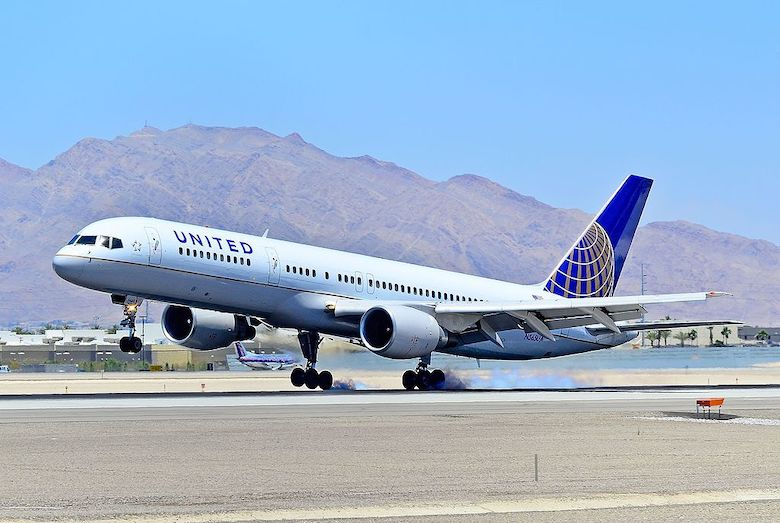 United Airlines bestiller