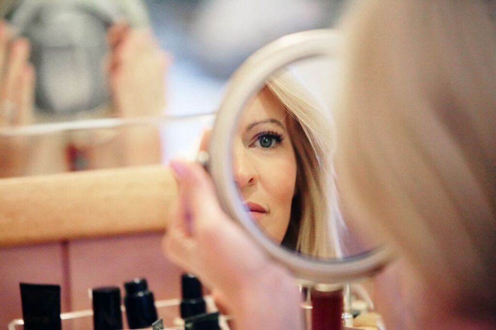 My secret online beauty source. This is the expert beauty resource you've been looking for.. Women over 40!