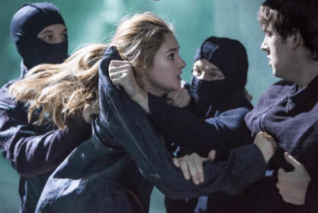 Review: 'Divergent' Is More Than Just Pretty Faces Looking Pretty