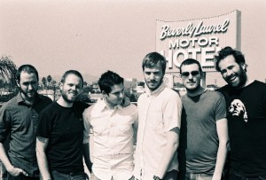 Jason Lee (on the right) with Midlake.