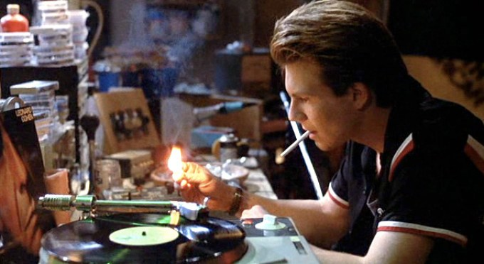 Mark Hunter (Christian Slater) rabble rousing the youth by way of pirate radio.