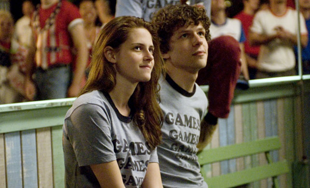 Jesse Eisenberg and Kristen Stewart in ADVENTURELAND