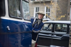 Maggie Smith is THE LADY IN THE VAN. Courtesy of Sony Pictures Classics.