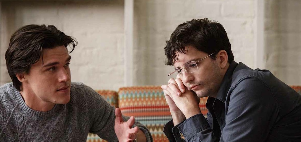 Video Interview: John Magaro On The Importance of Viewing 'THE BIG SHORT'