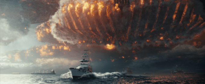 Alien attack in INDEPENDENCE DAY: RESURGENCE. Courtesy of 20th Century Fox.