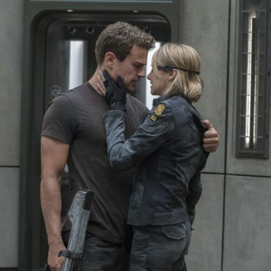 Movie Review – THE DIVERGENT SERIES: ALLEGIANT Leaves You Hungering For More