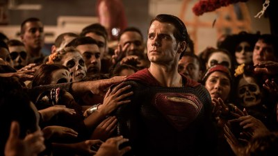 Henry Cavill returns as Superman in BATMAN V SUPERMAN. DAWN OF JUSTICE. Photo courtesy of Warner Bros.