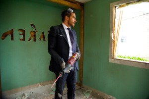 rs_560x372-150728101225-1024.Jake-Gyllenhaal-Demolition.jl.072815._copy