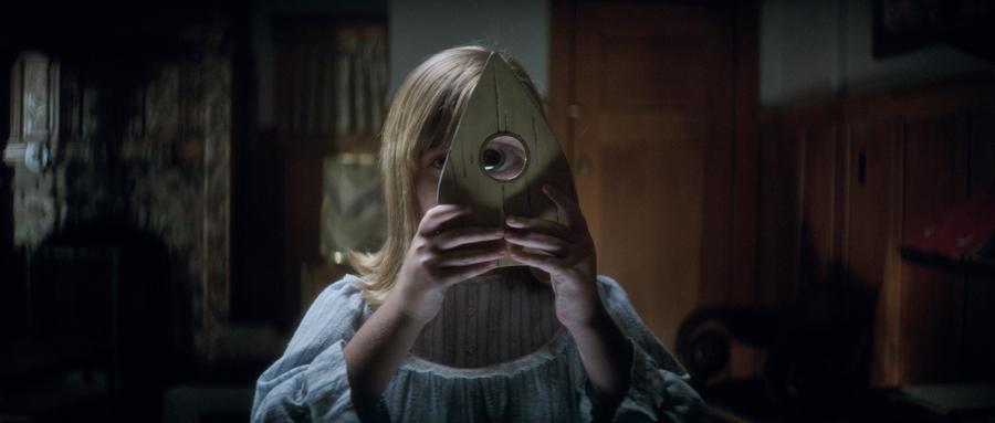 'OUIJA: ORIGIN OF EVIL' is a dark af sequel to 'HELLO, MY NAME IS DORIS'