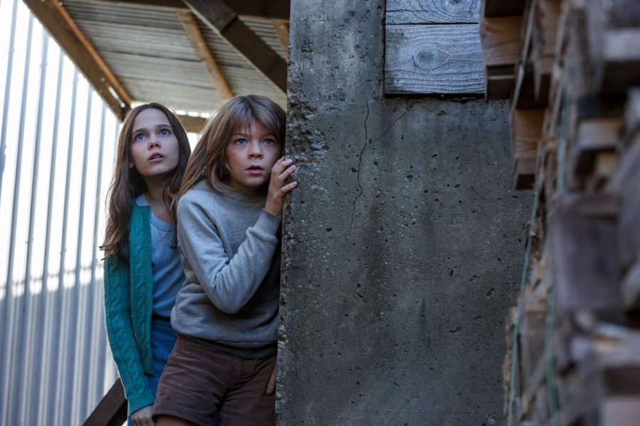 Stunts and shenanigans are all in a days work on 'PETE'S DRAGON' for Oakes Fegley & Oona Laurence