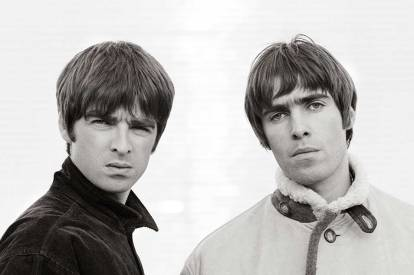 Noel (left) and Liam (right) Gallager of Oasis