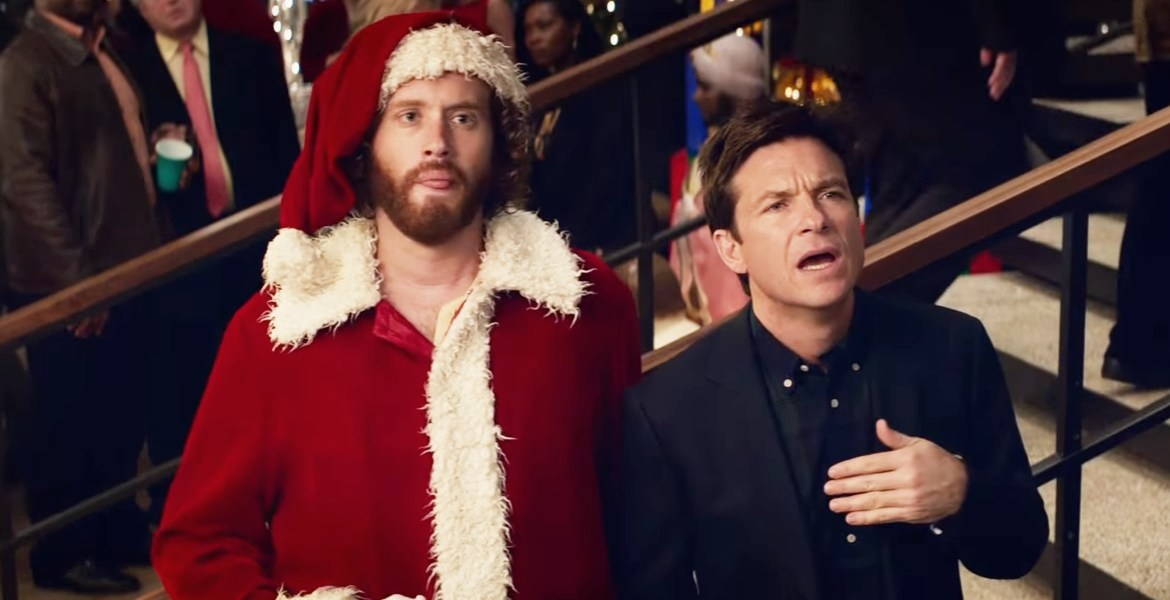 Movie Review: 'OFFICE CHRISTMAS PARTY' comes bearing gifts and lumps of coal